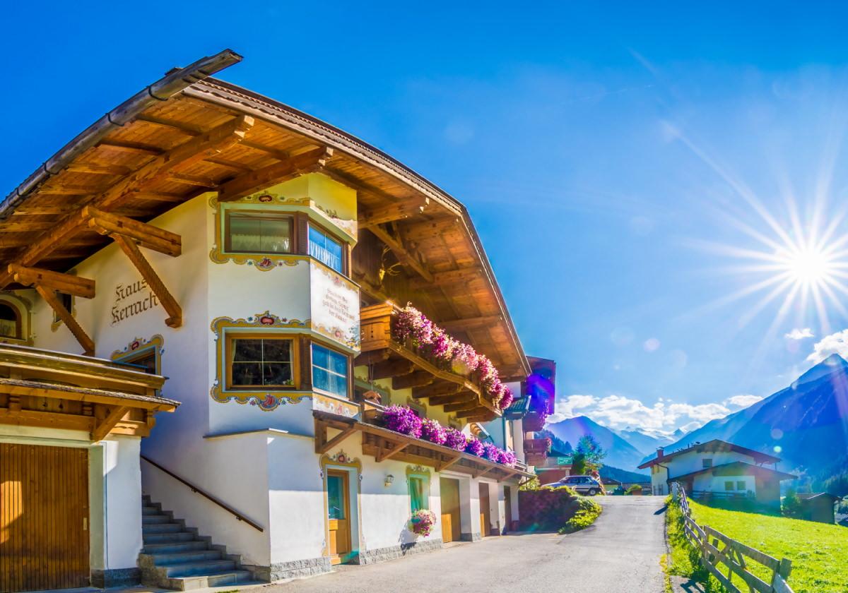Appartements de vacances à Haus Kerrach à Neugasteig - photo d'été