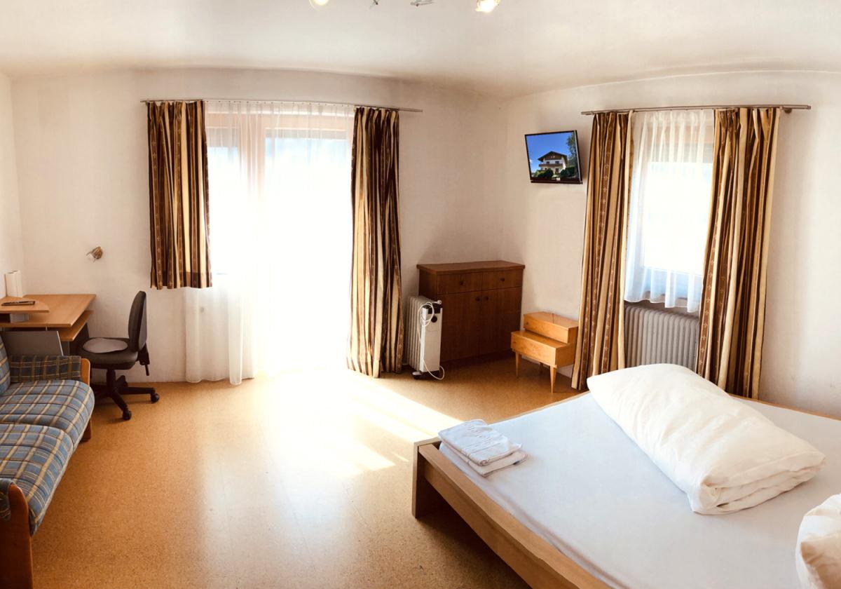 Zimmer im Personalhaus Nr. 2