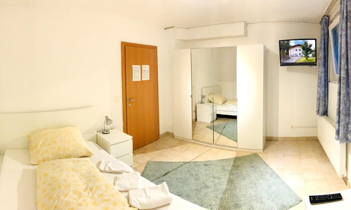 Zimmer im Personalhaus Nr. 1
