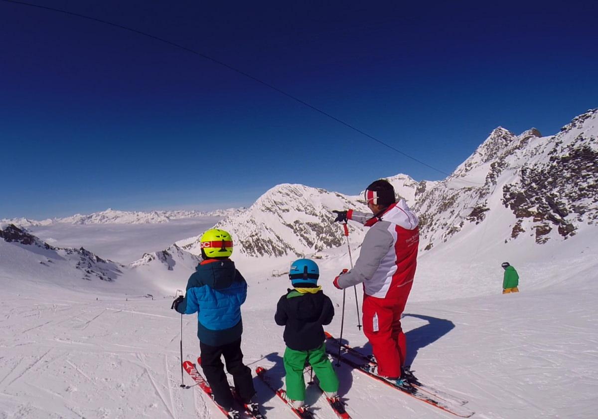 Skiunterricht am Daunferner