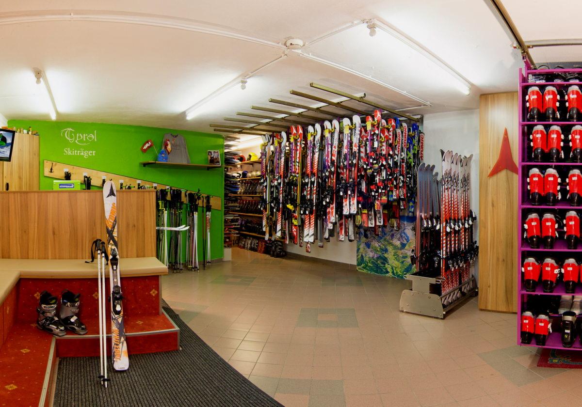 Location de skis en hôtel à l'Alpenhotel Tirolerhof**** Neustift